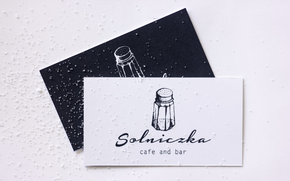 projekt logo restauracja